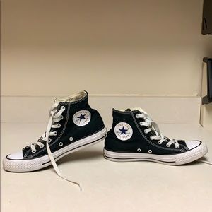 High top converse sneakers size women's 7